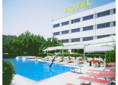 Hotel anxanum prenotazione albergo lanciano hotel in for Piscina sambuceto