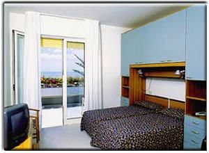 Hotel sirenetta prenotazione albergo lido di jesolo hotel for Camere albergo dwg