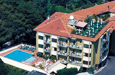 Hotel Silvano Prenotazione Albergo Diano Marina Hotel In