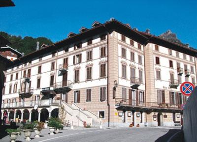 Hotel monterosa prenotazione albergo alagna valsesia hotel for Primo hotel in cabina