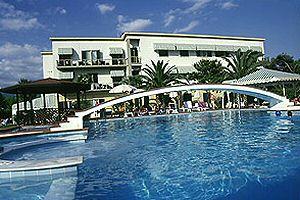 Villaggio forte dei marmi hotel hotel paradiso al mare for Bagno san francesco forte dei marmi